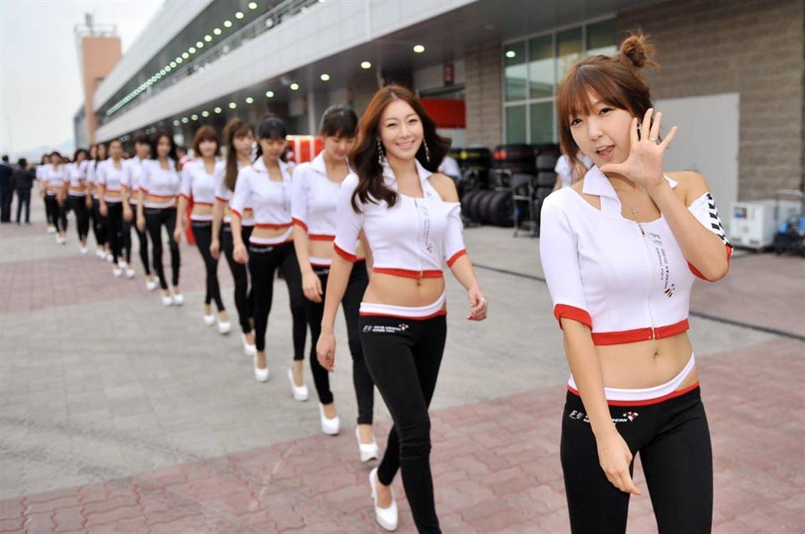 Korean F1 Grid Girls